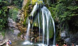 Водопад Друр Джур